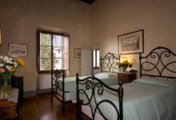 Classic room with separate beds